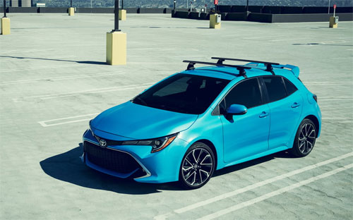 Toyota Corolla hatchback thế hệ mới có thiết kế sắc sảo, trẻ trung.