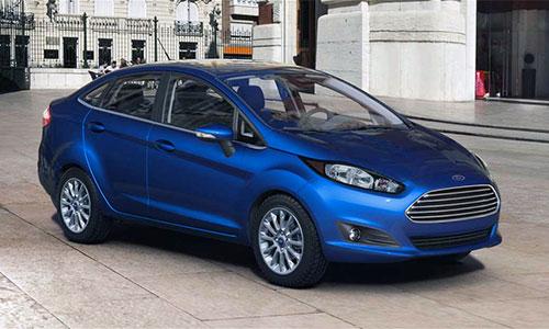 Fiesta S bản sedan giá 15.100 USD.