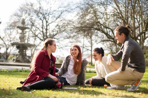 Cơ hội học bổng 50% từUniversity of Tasmania, Australia - 1