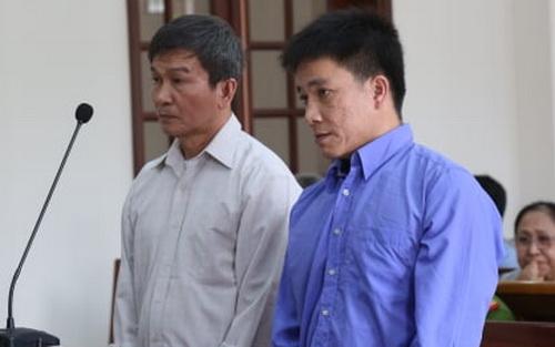 Hai bị cáo tại phiên tòa chiều nay. Ảnh: Phước Tuấn