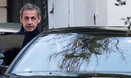 Cựu tổng thống Pháp sẽ bị xét xử vì tội nhận hối lộ, lạm quyền