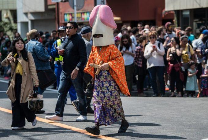 Lễ rước Dương vật Thép ở Nhật Bản
