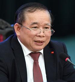 Phó chủ tịch Hội đồng chức danh giáo sư nhà nước Bùi Văn Ga.