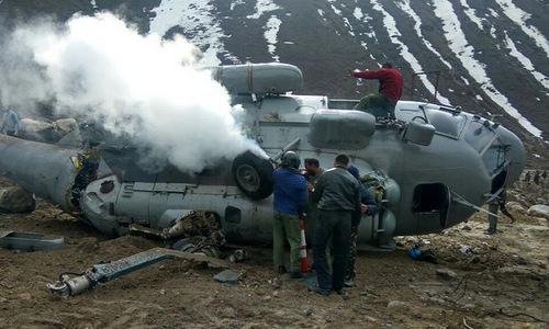 Trực thăng quân sự Ấn Độ vướng giàn giáo, rơi gần dãy Himalaya