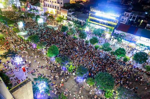 Đề xuất TP HCM tăng vui chơi về đêm