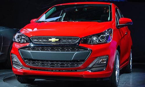 Chevrolet thiết kế lại lưới tản nhiệt, trang trí thêm đường viền mạ crôm.