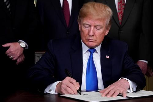 Trump tuyên bố Trung Quốc sẽ gỡ bỏ các rào cản thương mại