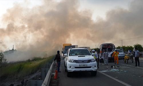 Bộ Giao thông yêu cầu ngăn việc đốt đồng, ảnh hưởng giao thông