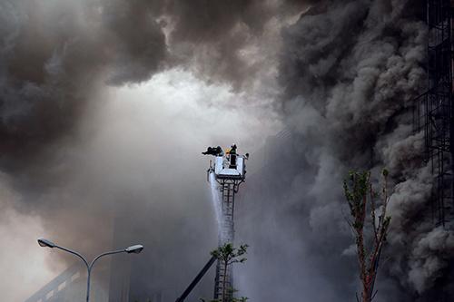 Bộ Công an yêu cầu sớm kết luận nguyên nhân các vụ cháy trên cả nước. Ảnh: Phạm Dự.
