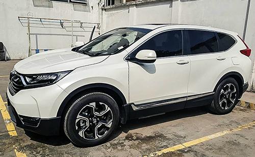 Honda CR-V là một trong số ít xe nhập khẩu hưởng thuế 0% nhập về Việt Nam từ đầu năm. Ảnh: Quang Vinh.