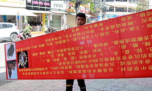 """Khánh Hòa xử lý biển hiệu """"loạn"""" tiếng Trung Quốc, Nga"""