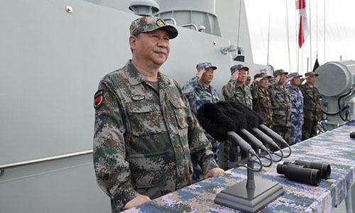 Tập Cận Bình thị sát diễu binh hải quân ở Biển Đông