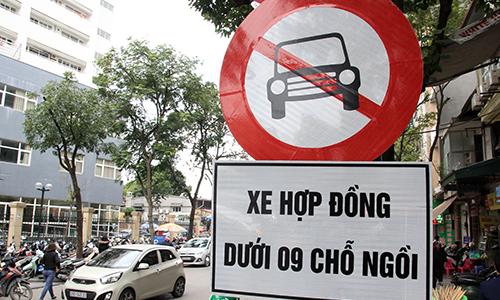 hiep-hoi-taxi-de-xuat-doi-mau-bien-so-xe-kinh-doanh-tu-trang-sang-vang