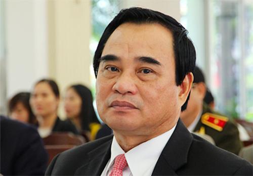 Cưụ chủ tịch Văn Hữu Chiến.
