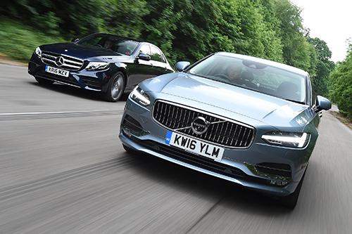 Mercedes và Volvo có thể hợp tác trong tương lai. Ảnh: Carmag.