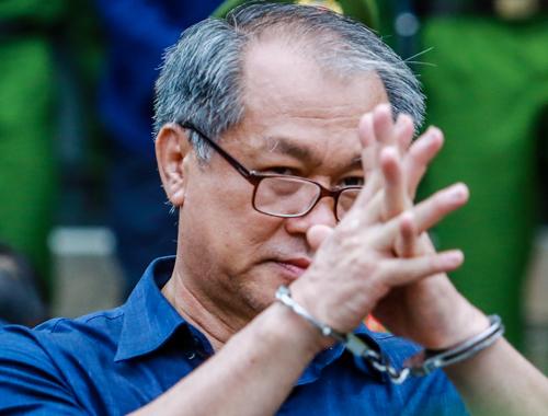 Cựu chủ tịch Toàn bị cáo buộc cho hai công ty của ông Danh vay sai quy địnhgây thiệt hại 470 tỷ đồng. Ảnh: Thành Nguyễn.