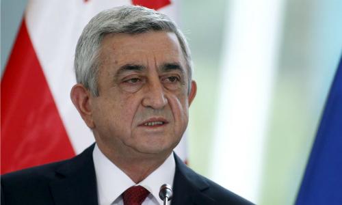 Serzh Sargsyan phát biểu tạiGeorgia năm 2015 khi giữ chức tổng thốngArmenia. Ảnh: Reuters.