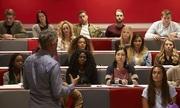Hơn 1.000 sinh viên Anh kiện trường vì giảng viên đình công