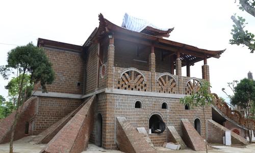 """Hà Nội yêu cầu tháo dỡ """"Cung điện thờ thiên"""" xây trái phép"""