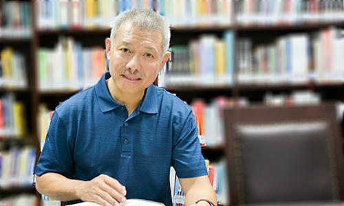 GS Trương Nguyện Thành rời Đại học Hoa Sen