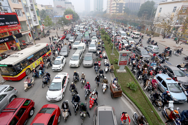 Giá xăng trên thế giới đắt hay rẻ so với Việt Nam