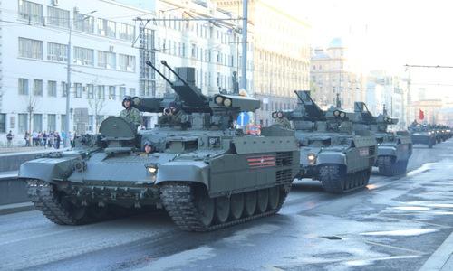 Dàn khí tài Nga trình diễn tại Moskva trước lễ Duyệt binh Chiến thắng 2018
