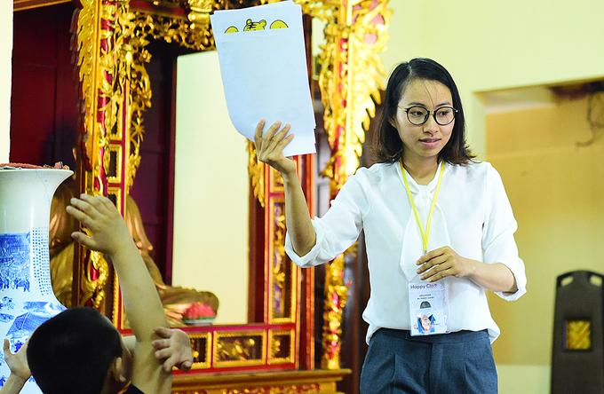 Học tiếng Anh miễn phí trong chùa