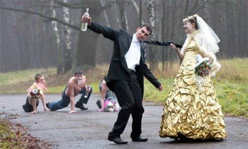 Đàn ông làm gì trước khi lấy vợ?