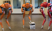 Robot hai chân có thể giao hàng tận nhà