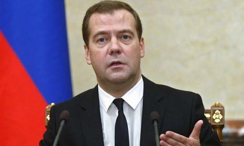 Putin đề cử Medvedev làm Thủ tướng Nga