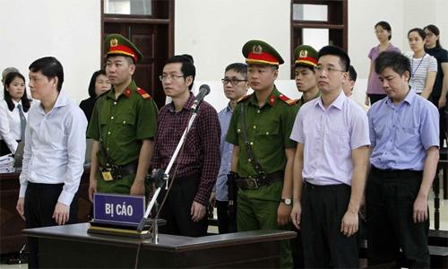 Bị cáo tại phiên tòa phúc thẩm khai mạc ngày 7/5. Ảnh: TTXVN