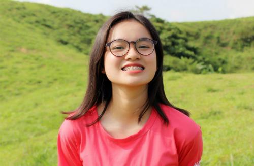 Trần Ngọc Minh giành học bổng từ 5 đại học lớn của Mỹ và Canada. Ảnh: NVCC