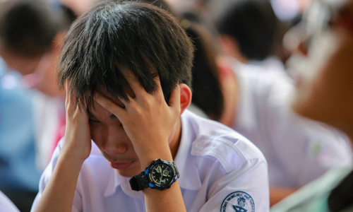 Phụ huynh Hà Nội cân não chọn trường cho con vào lớp 10