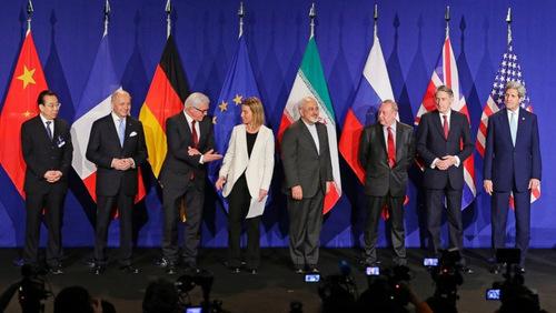 Đại diện các nước tham gia ký JCPOA. Ảnh: Reuters.