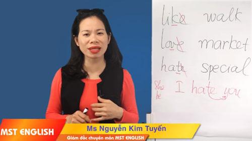 Trung tâm tiếng Anh MST English hoạt động không phép tại 3 cơ sở đào tạo suốt 2 năm qua, giáo viên không trình đượcvăn bằng chứng chỉ ngoại ngữ. Ảnh chụp màn hình.