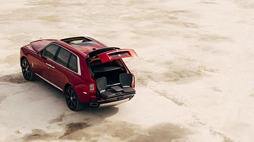 Cốp sau xe có thể thiết lập theo cách khác nhau.