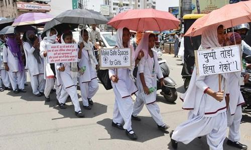 Thiếu nữ thứ ba bị cưỡng hiếp và thiêu sống ở Ấn Độ trong một tuần