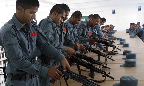 Lính Afghanistan chê súng Mỹ, ngưỡng mộ AK Nga