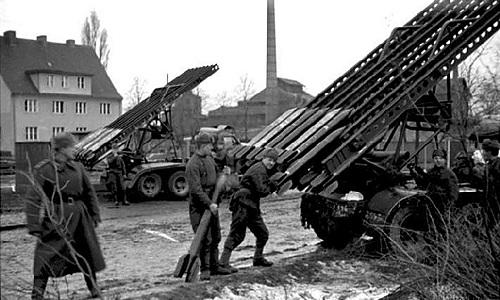 Katyusha - giàn pháo phản lực từng khiến phát xít Đức khiếp sợ - ảnh 3