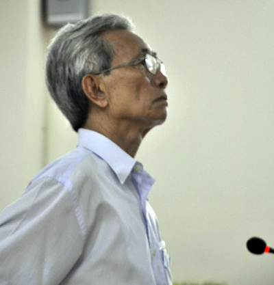 Bị cáo Nguyễn Khắc Thủy tại phiên tòa phúc thẩm. Ảnh: Tuấn Nguyễn.
