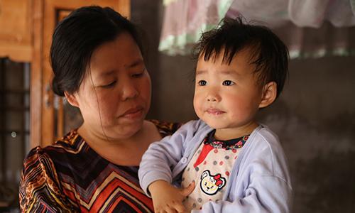 Người phụ nữ trở về sau 18 năm bị bán qua Trung Quốc