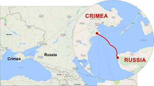 Cây cầu là kết nối đường bộ duy nhất giữa Nga và bán đảo Crimea. Đồ họa: Russia Briefing.