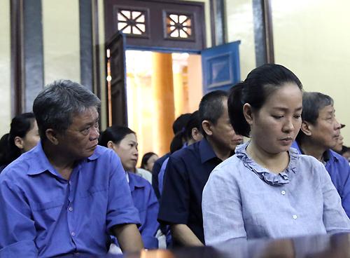 Luật sư của đại gia Sáu Phấn đưa chứng cứ phản bác cáo buộc - ảnh 2