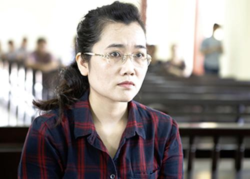 Nguyễn Thị Lam tại tòa. Ảnh:Nguyễn Hải.
