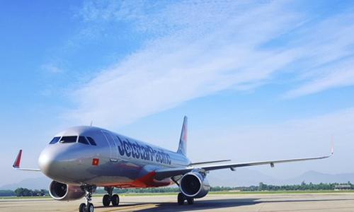 Máy bay quay đầu để cấp cứu sản phụ người nước ngoài