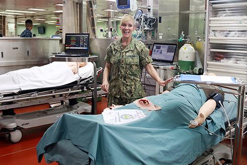 Tàu bệnh viện gần 1.000 giường của Hải quân Mỹ đến Nha Trang - ảnh 3