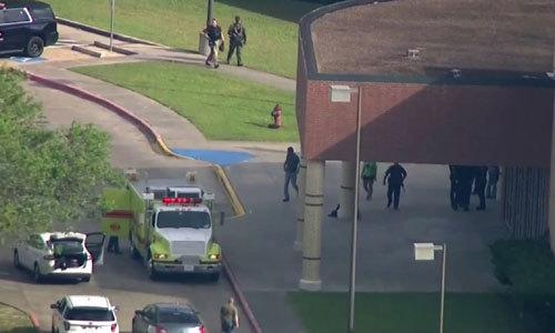 Xả súng tại trường trung học Mỹ, ít nhất 8 người chết