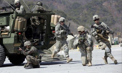 Mỹ không cắt giảm quân số đồn trú tại Hàn Quốc - ảnh 1