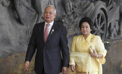 Người vợ nghiện đồ hiệu, mê phẫu thuật thẩm mỹ của cựu thủ tướng Malaysia - ảnh 1