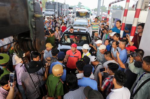 Trạm BOT Cai Lậy là một trong những trạm bị người dân phản đối việc thu phí trong năm 2017. Ảnh: Quỳnh Trần.